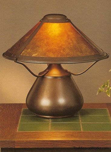Arts And Crafts Mica Table Lamp Table Lamp Craftsman Lamps Stained Glass Lighting