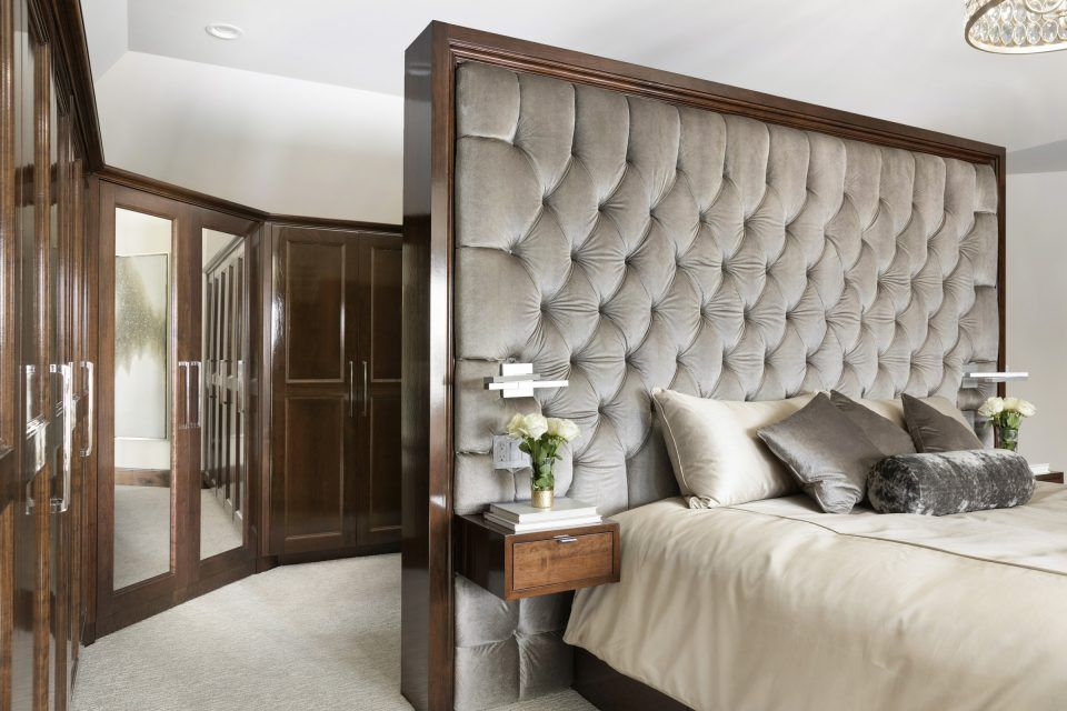 Custom beautiful bedrooms build a closet
