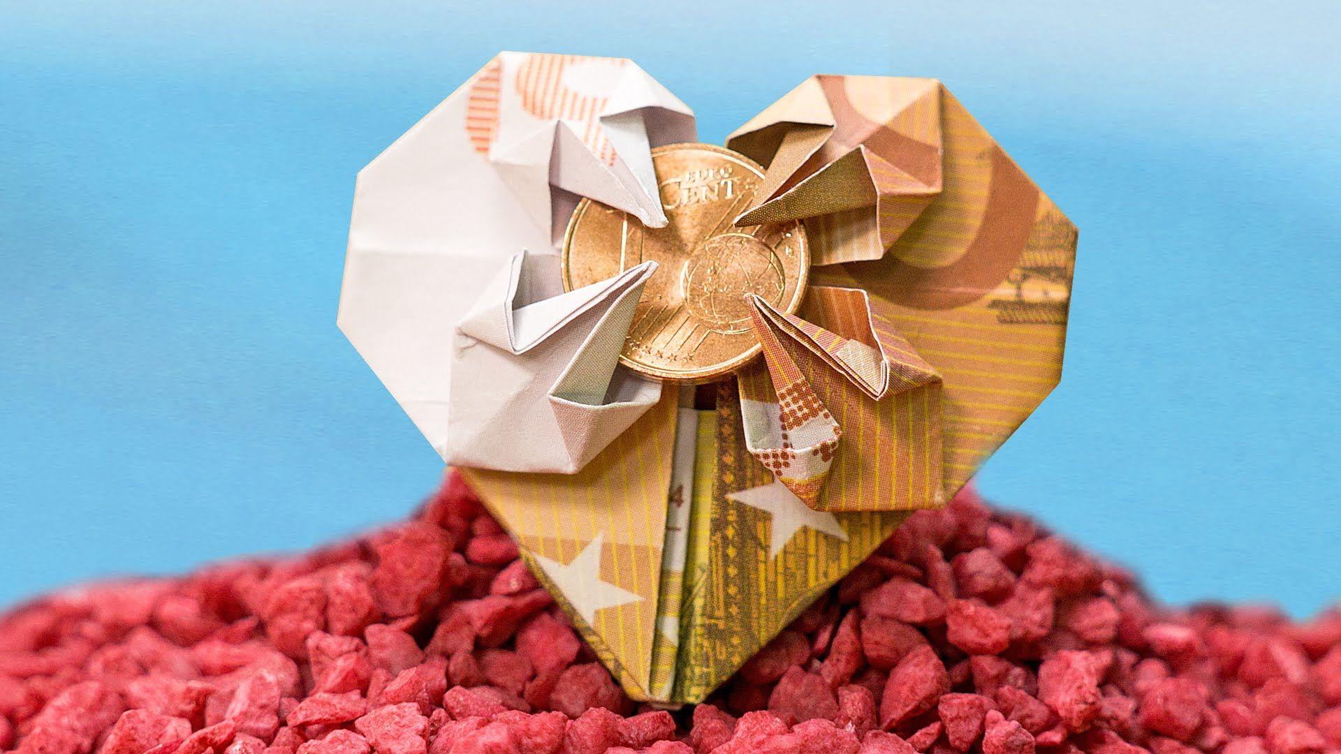 geschenkidee zur hochzeit geldschein zu einem herz falten origami diy geschenke geld und. Black Bedroom Furniture Sets. Home Design Ideas