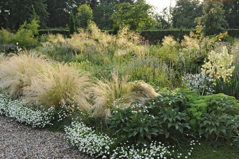 Garten peter janke gartenkonzepte hortvs garden for Pflanzengestaltung garten
