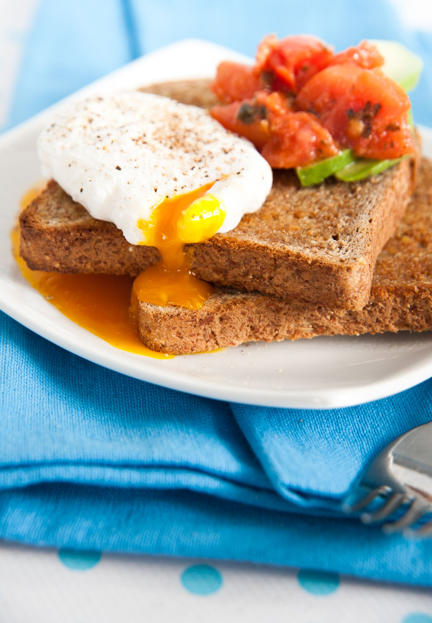 Tostada con huevo escalfado