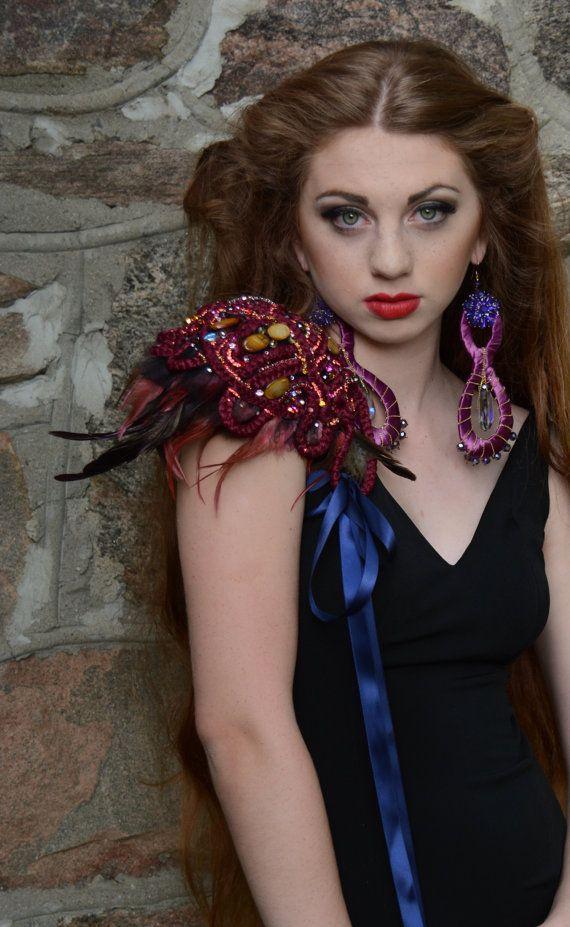 Exquisite Braided Shoulder jewellery Haute Couture par Monikque