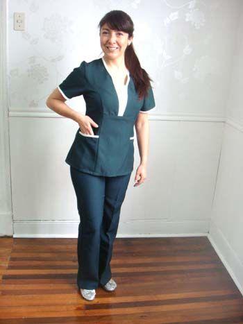 Uniformes maestras buscar con google batas pinterest for Spa nagoya uniform