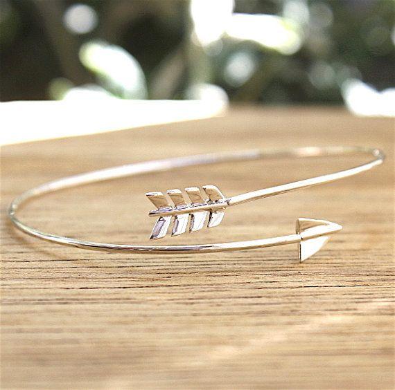 bracelet jonc fin fleche en argent 925 par foryoujewels sur Etsy