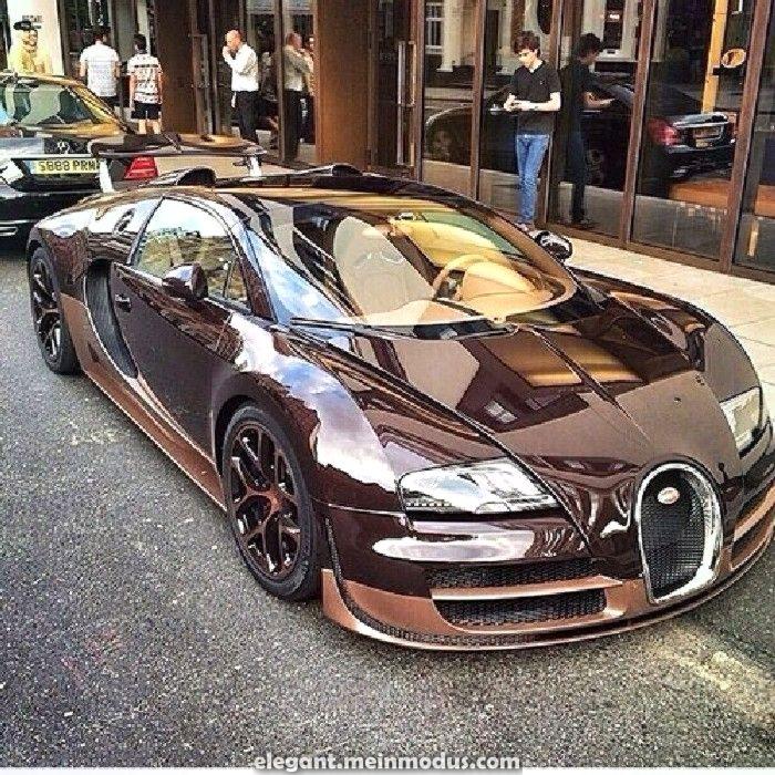 Atemberaubende Hoch großartige Fotosammlungen von Bugatti Veyron #bugattiveyron