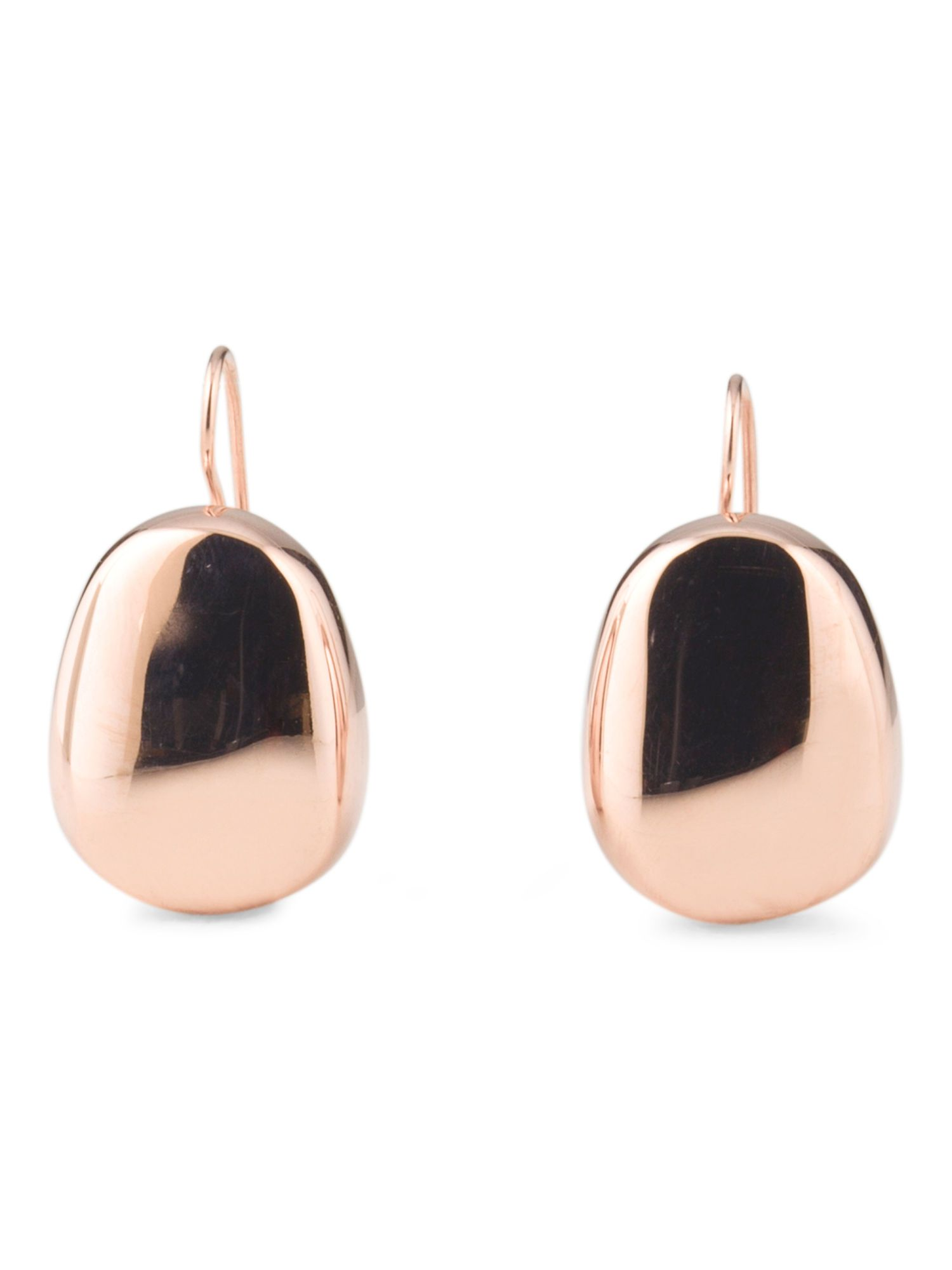 Rose gold always puts us in the holiday mood. We love these simple earrings.