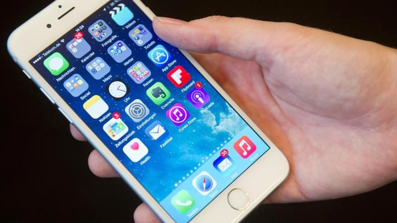 Nur Ausschalten Ist Besser So Halt Dein Iphone Akku Gleich Viel Langer Video Iphone Akku Iphone Tricks