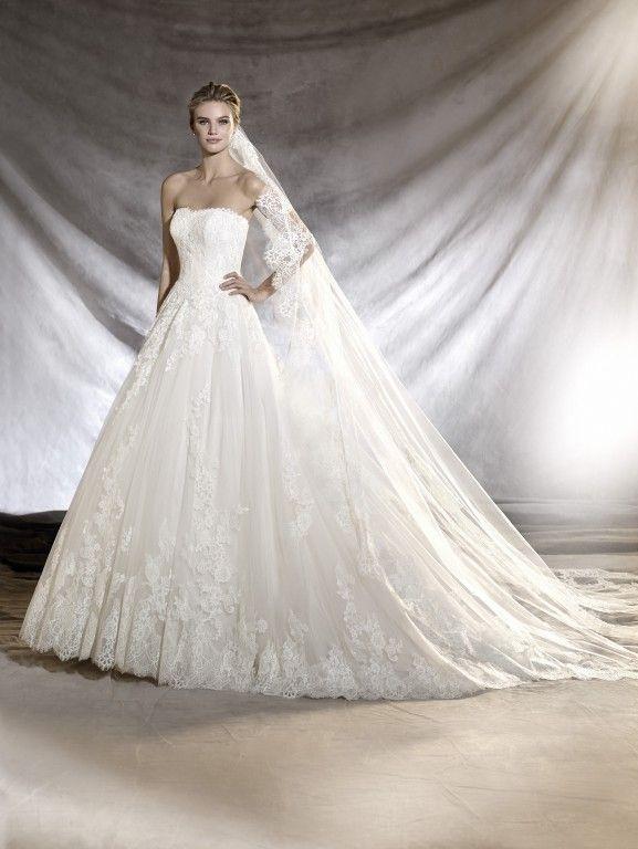 Pronovias Oribe | Princess Style Dresses | Pinterest | Outfit und ...