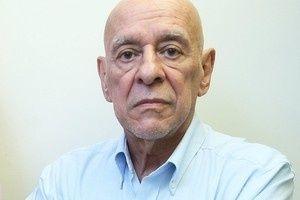 Morre aos 70 anos o jornalista Xico Vargas #Anos90, #Brasil, #Globo, #Morre, #Morreu, #Nacional, #RioDeJaneiro http://popzone.tv/2015/12/morre-aos-70-anos-o-jornalista-xico-vargas.html