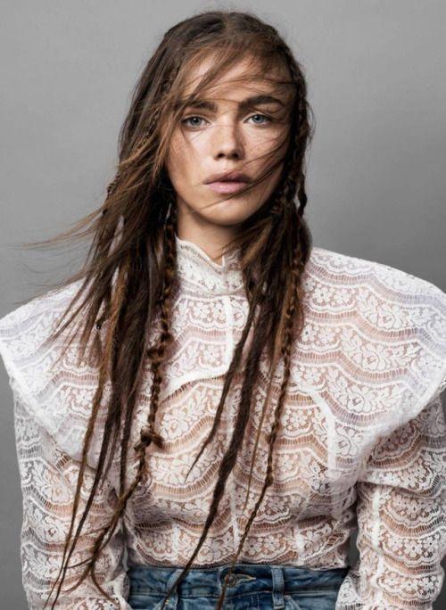 "thebeautymodel:  """"Tissage de Fibres""  Jena Goldsack by Claudia Knoepfel for Vogue Paris March 2017  Stylist: Celia Azoulay  Makeup: Christelle Cocquet  Hair: Damien Boissinot  """
