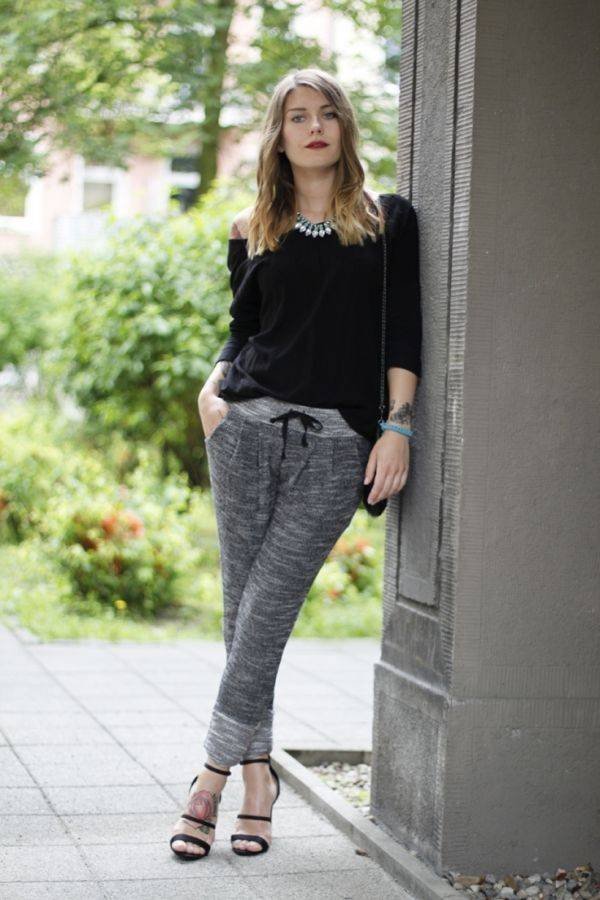 4b412cf8952bf1 3. They re a  Great Skinny Jean Alternative - 7  Reasons to Rock the Jogger  Pant  Trend ... →  Fashion  Skinny