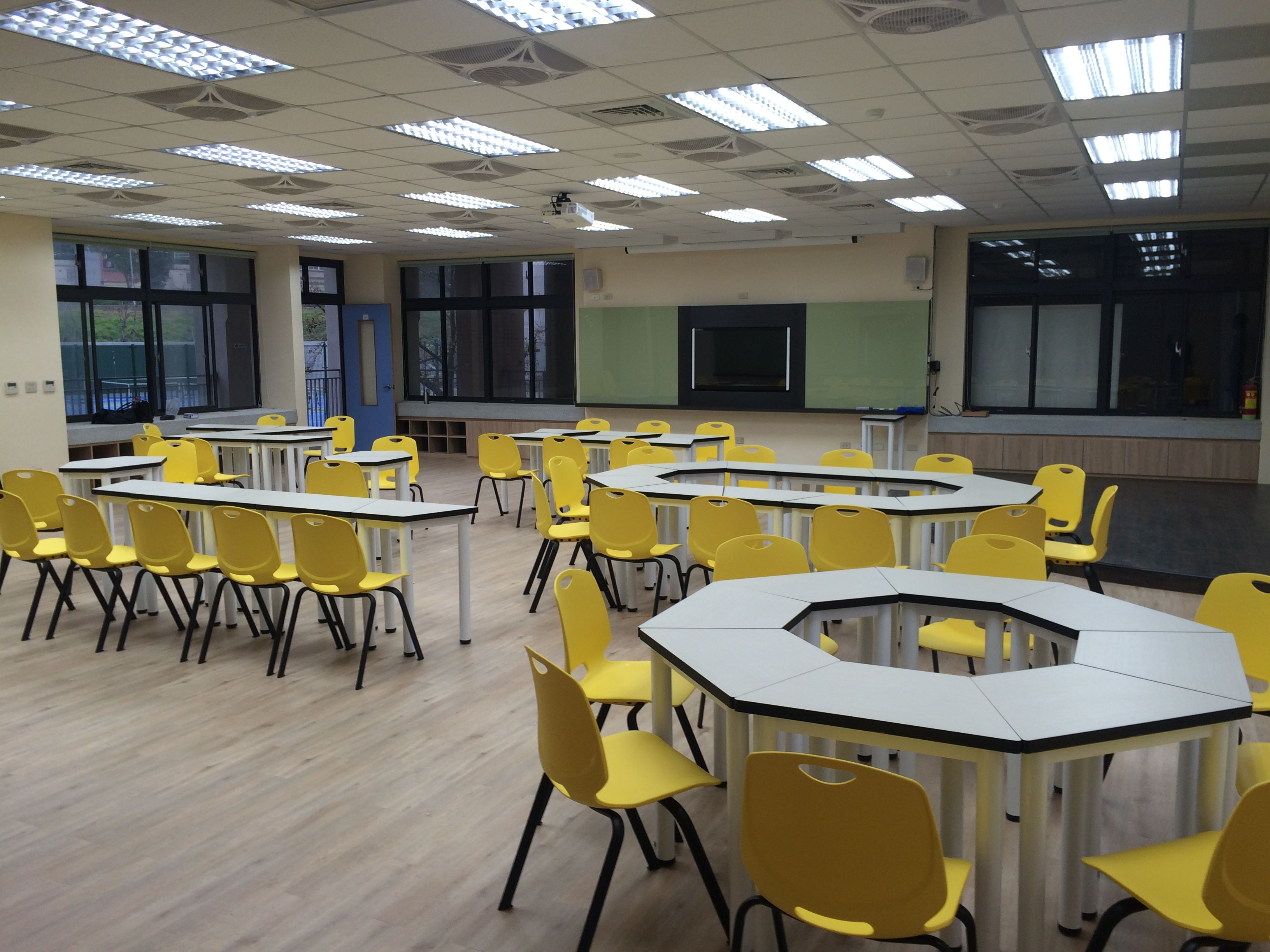 Modular Classroom Seating ~ Pin by 鎮穎 徐 on trapezoid student tables modular seminar