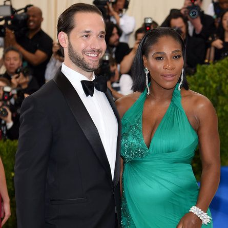 Serena Williams Is A Mom The Tennis Champ And Fiance Alexis Ohanian Welcome A Baby Girl Serena Williams Alexis Serena Williams Photos Serena Williams Married