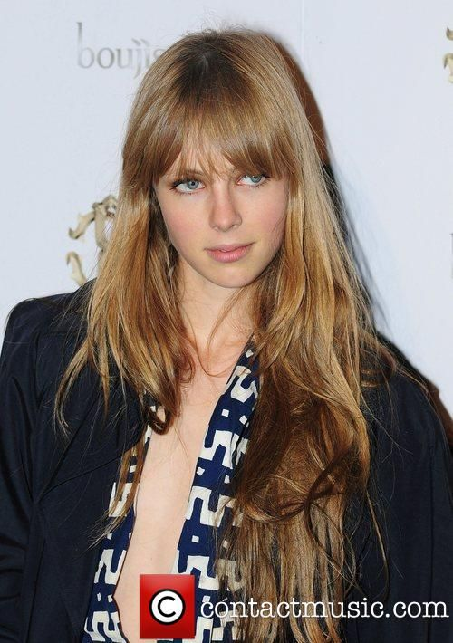 Edie Campbell, her hair is so pretty, and i love the fringe bangs