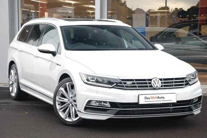 pure white volkswagen passat mk8 estate wrexham. Black Bedroom Furniture Sets. Home Design Ideas