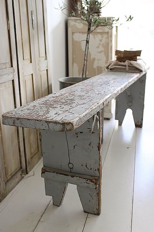 beautiful french bench. blue gray color. franse brocante bank.