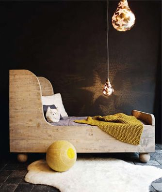 children's wood bed © serendipity