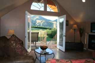 Beautiful, Romantic Chalet Suite at VOila` Winery in Cashmere, Washington | Perfect for two.