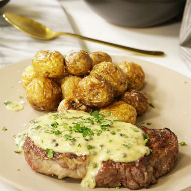 Rib Eye Steak With Green Peppercorn Sauce Woolworths Co Za Ribeye Steak Peppercorn Sauce Braai Recipes