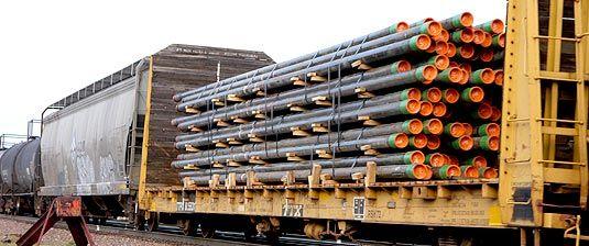 TTX's standard 68-ft bulkhead (62-ft between bulkheads) is ...