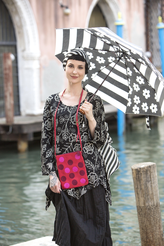 b7d14fb4a68d84 Venedig mit Gudrun Sjödén - Der Regenschirm