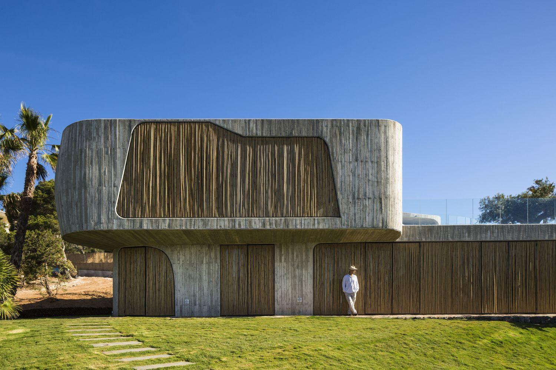 Gallery of villa mediterraneo 01 metroarea architetti for Case ristrutturate da architetti