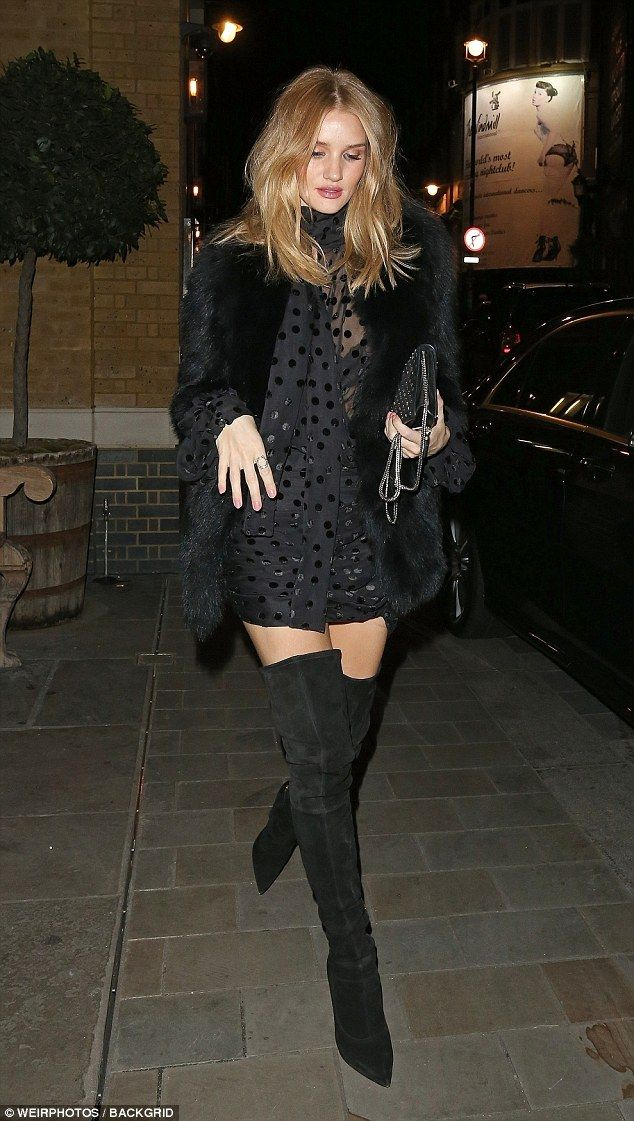 Long Whiteley In Rosie Thigh Shows Legs Off High Boots Huntington aI7OfqwH