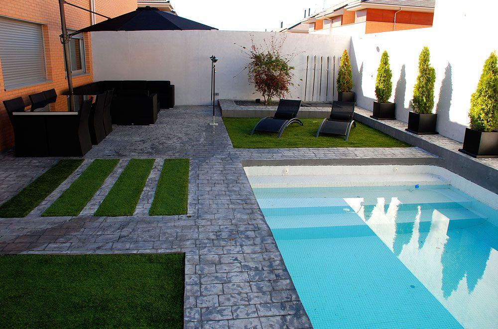 Paisajismo de piscina en pinterest - Jardines con piscinas ...