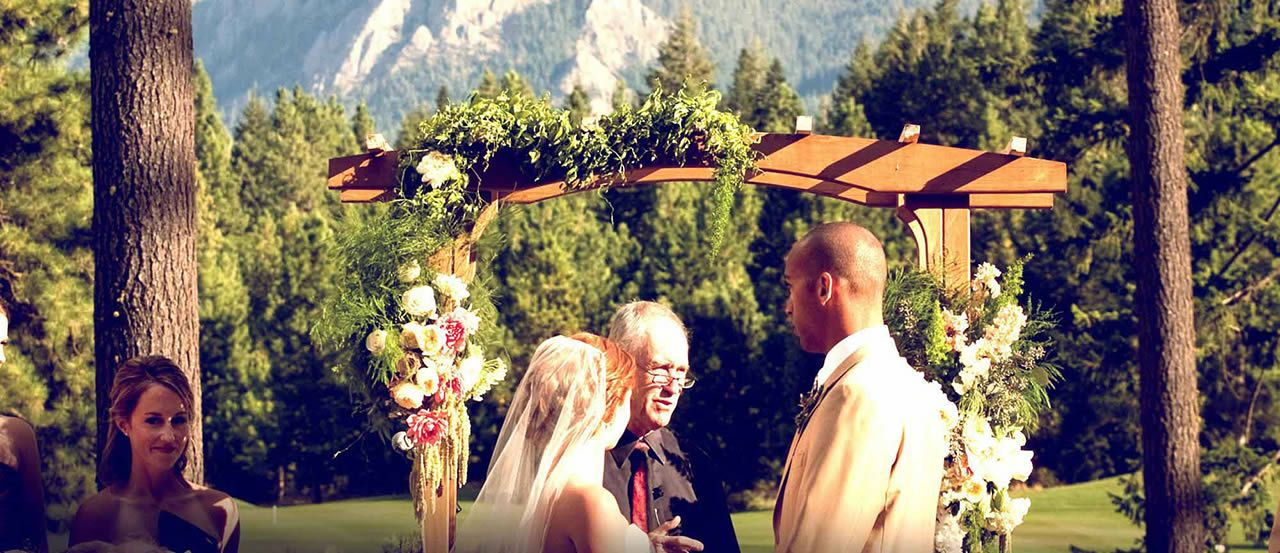 Suncadia Resort Features A Number Of Washington State Wedding Venues That Will Fit The Size Any Dream In Cle Elum