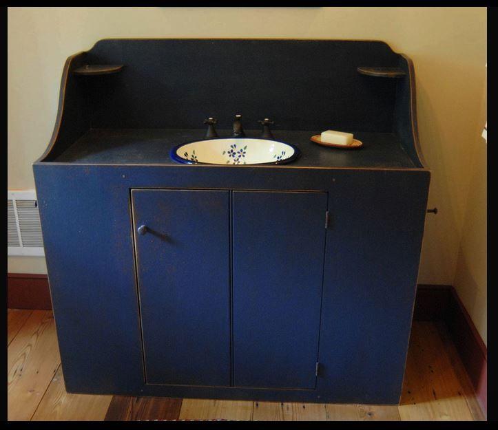 primitive one room log cabin | Uploaded to Pinterest