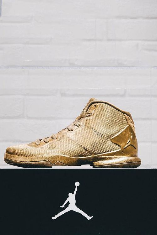 the best attitude 02ec1 e16fa Jordan Brand Presents 23-Karat-Gold Jordan Super.Fly 4