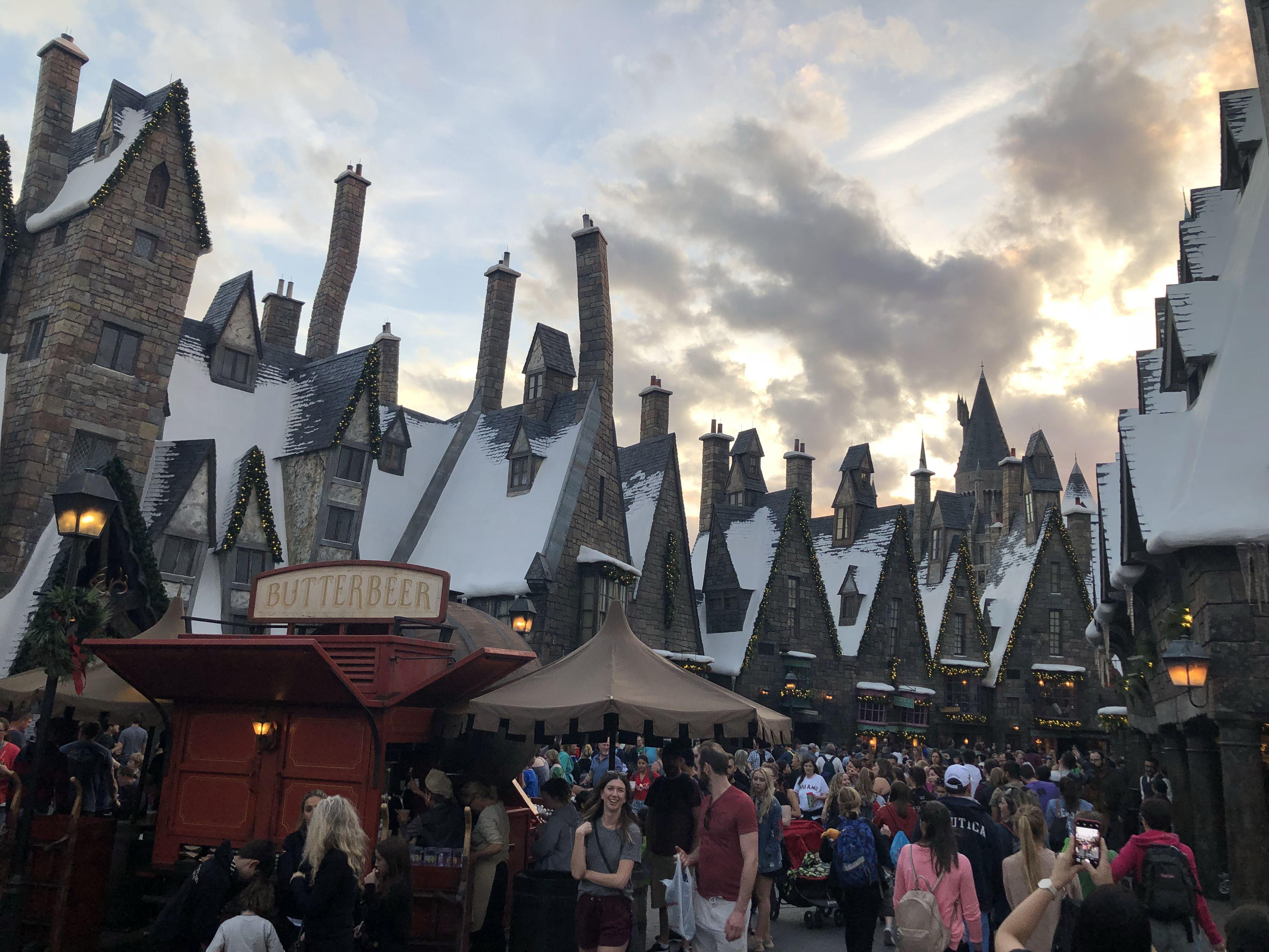Hogsmede And Hogwarts Hogwarts Universal Orlando Wizarding World Of Harry Potter