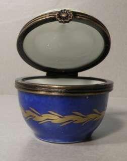 NEW Round Blue Box, No.72 Porcelain Limoges Box NEW