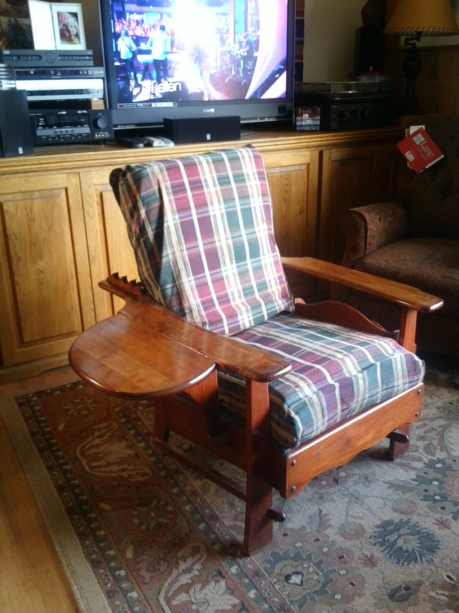 vintage living room chair in spiesed's garage sale
