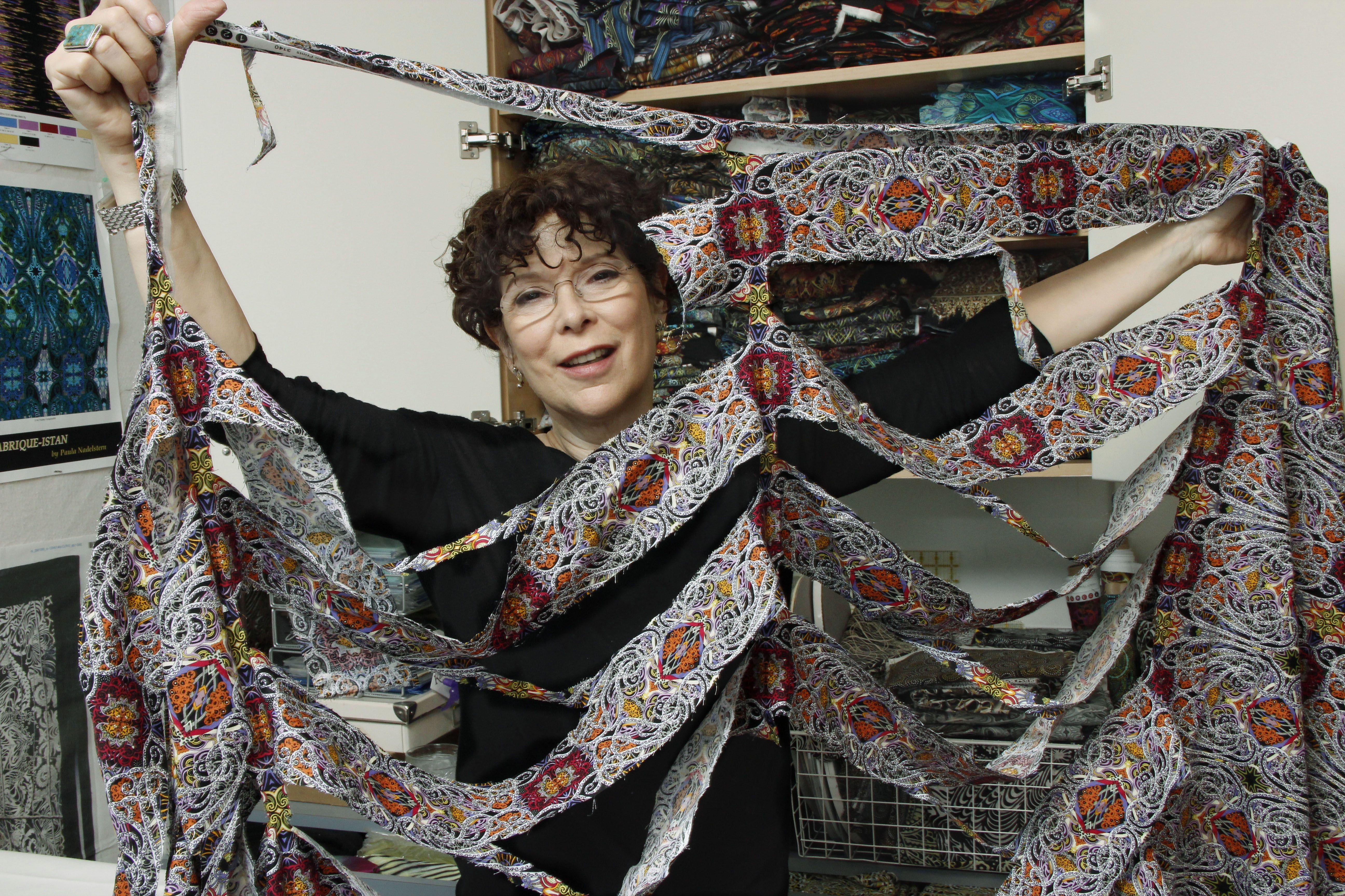 PaulaNadelstern.holey-fabric.jpg (5184×3456)
