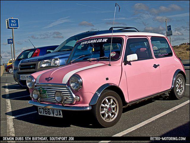 pink mini cooper cars oldtimer mini und transporter. Black Bedroom Furniture Sets. Home Design Ideas