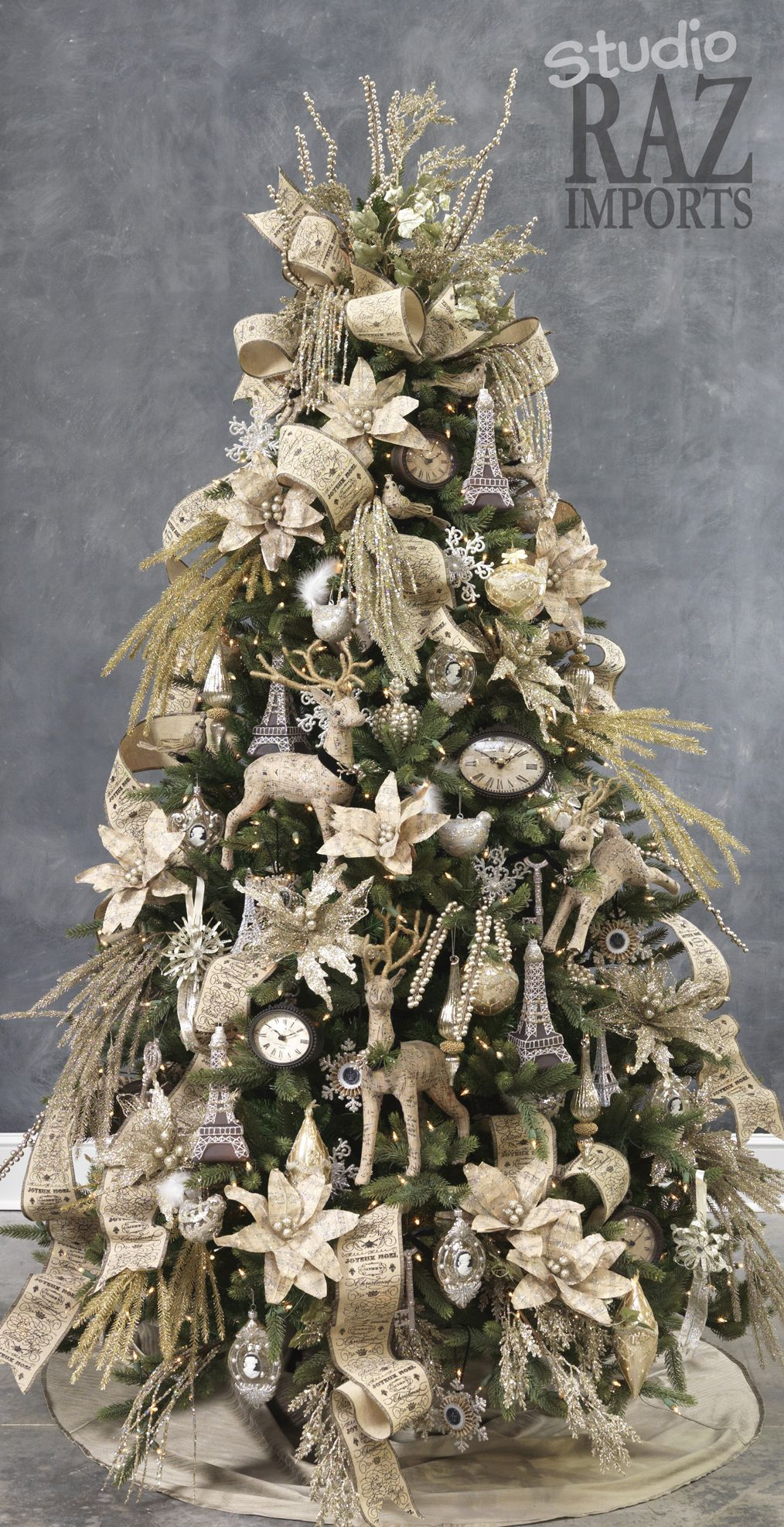 pretty nice e9f7a 1a5cf A lovely Raz Studio Christmas Tree decorated in all white ...