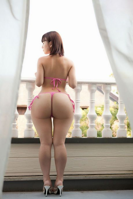 A Sexy Young Asian In Lingerie Is Taking Hard And Fast By A Big Black King Dong