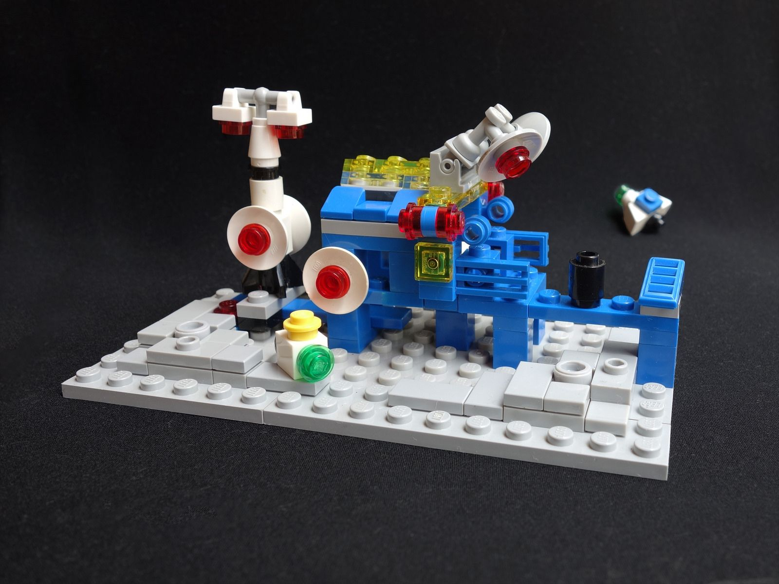 micro 6971 inter galactic command base lego models lego galactic