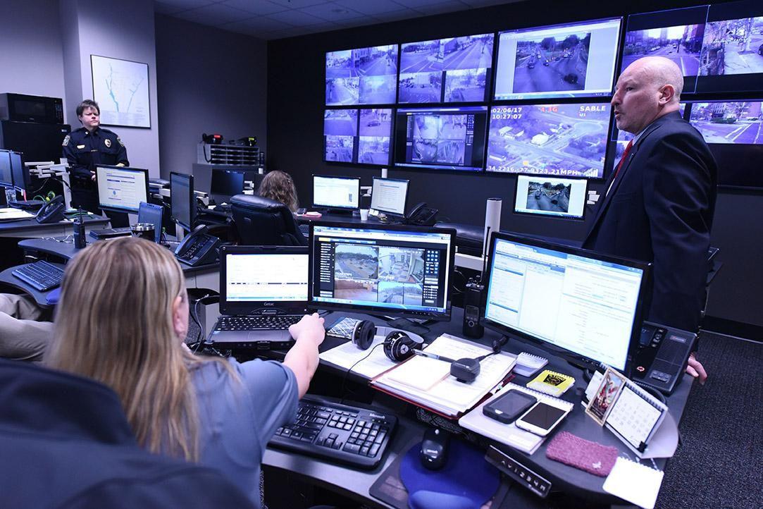 Photos STING Operations Center Sting operation