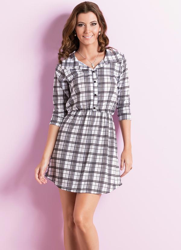 b33551023a Vestido Acinturado com Botões Xadrez - Moda Pop