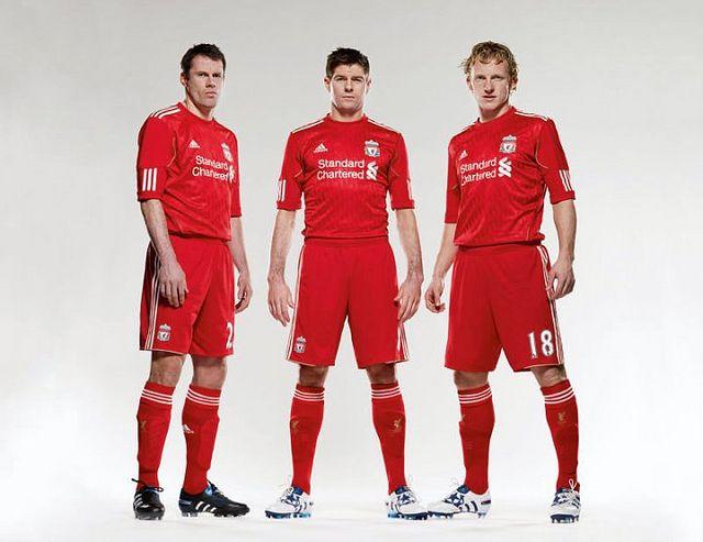 156a13649 Liverpool FC 2010-2011 kit