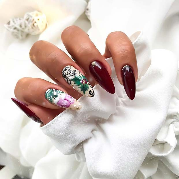 43 Pretty Holiday Nails to Get You Into the Christmas Spirit | Page 3 of 4 | StayGlam #holidaynails