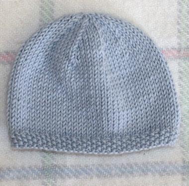 Modele tricot gratuit bonnet naissance layette pinterest bonnet naissance modele tricot - Modele de bonnet a tricoter facile ...