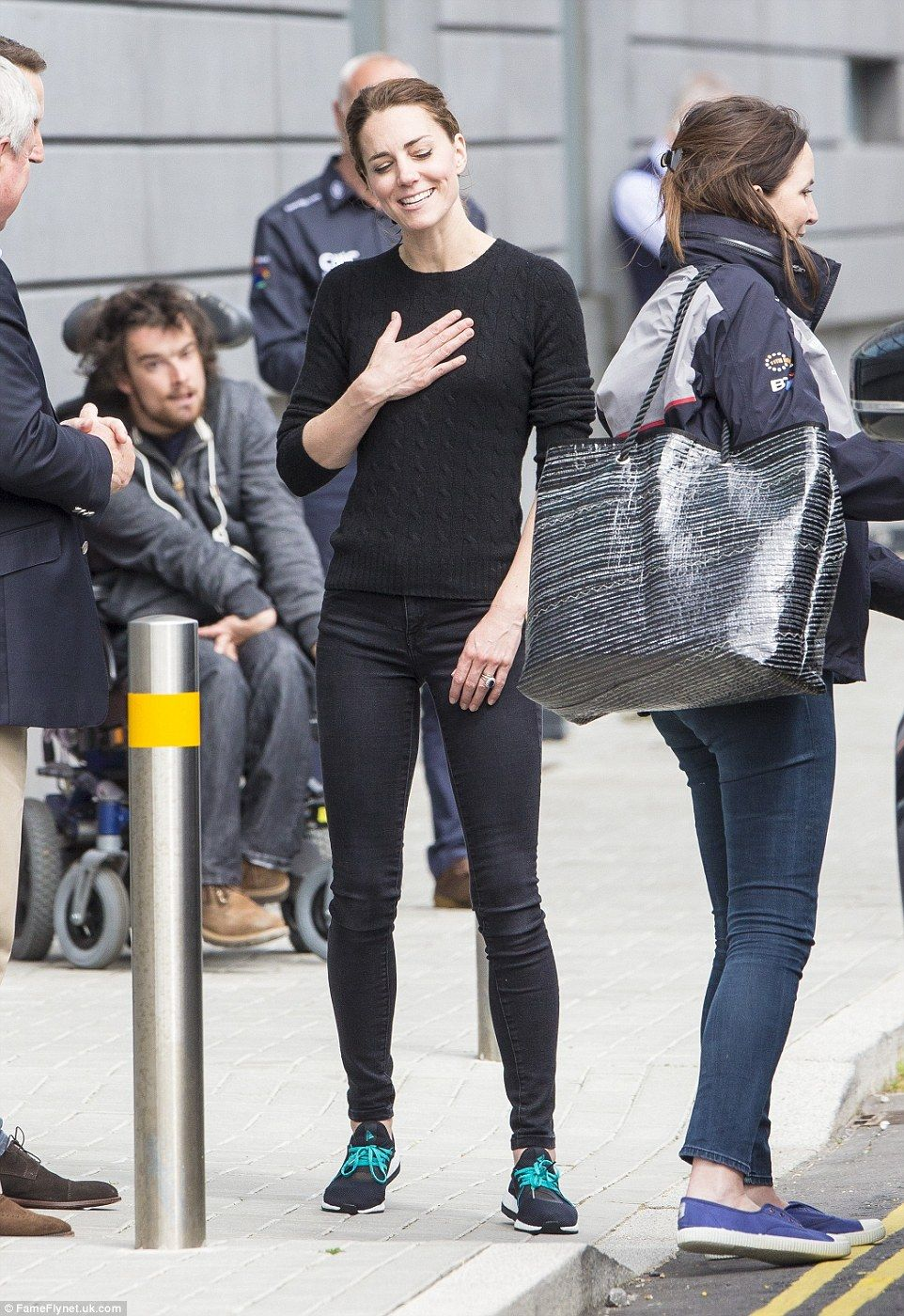 Kate Middleton Goes Casual News Images Pinterest