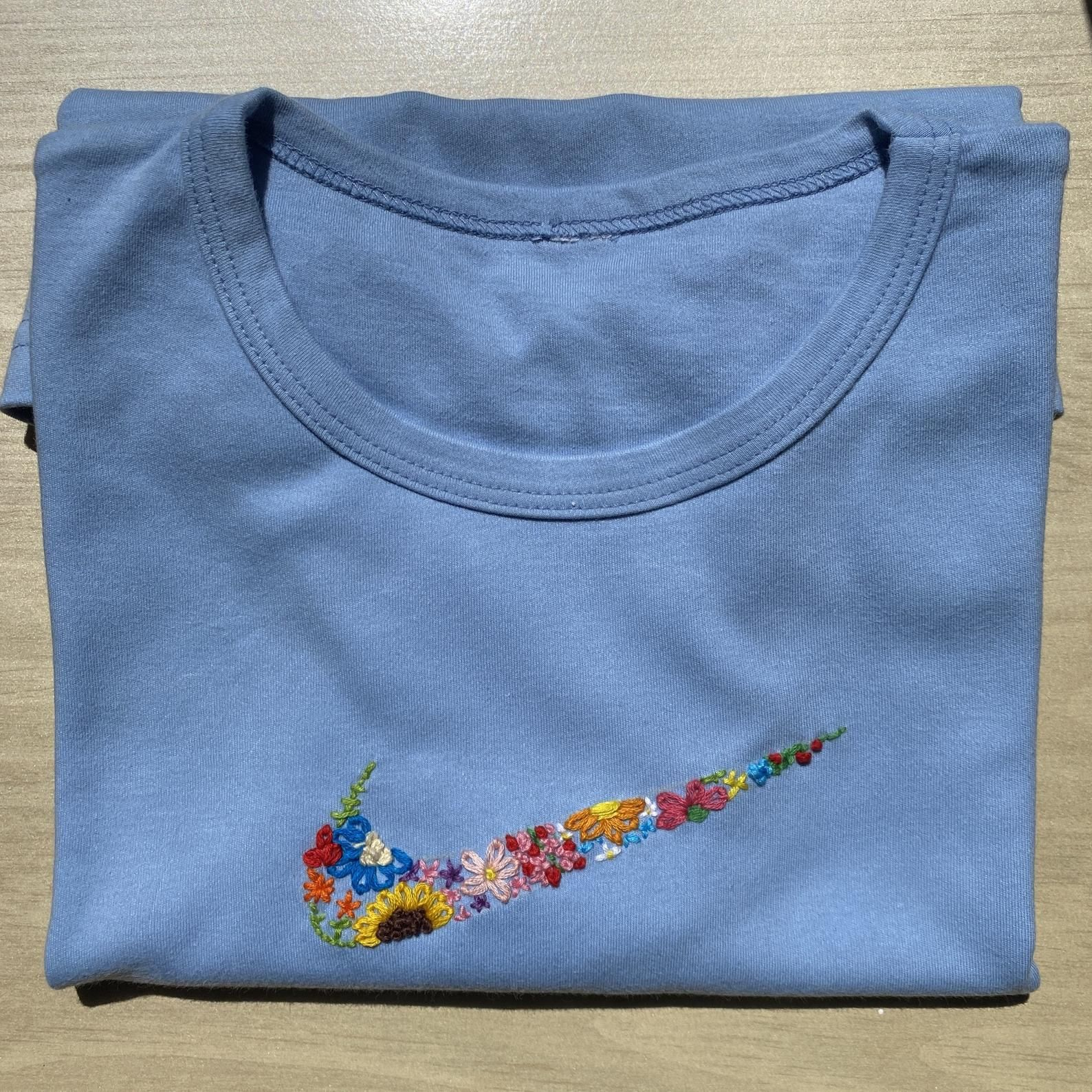 Embroidered Floral Nike Shirt | Diy embroidery shirt ...