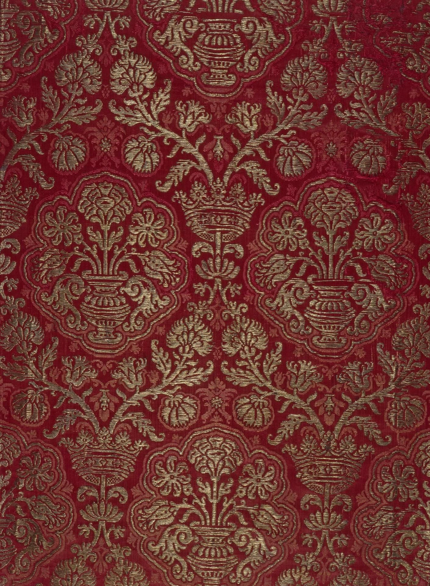 Brocade With A Pomegranate Pattern Italy Or Spain 16th Century Silk With Gold Thread The Hermitage Invent Antique Textiles Tapestry Textures Patterns