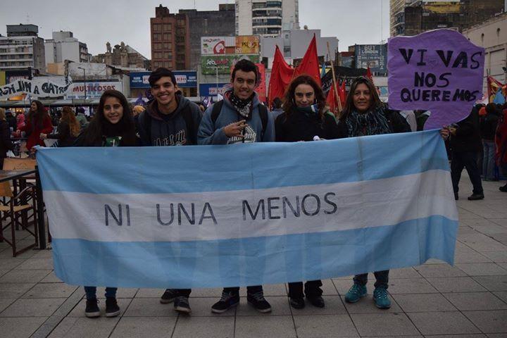 #NiUn@Menos