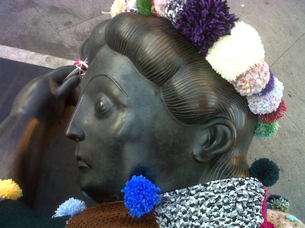 Mujer con espejo   Botero