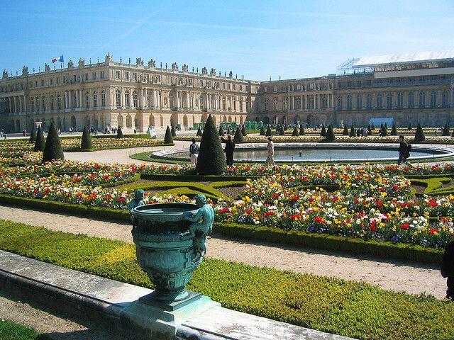 Le Jardin De Versailles Palace Of Versailles Palace Of Versailles France Versailles